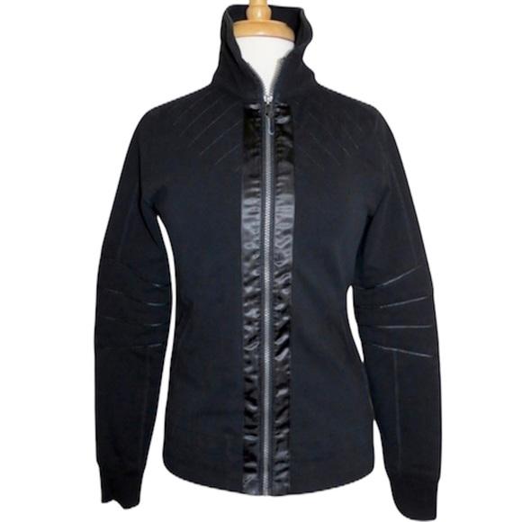 Lululemon black mogul jacket size 4
